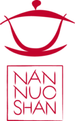 "Teeshop Nannuoshan<img src=""/Lindau.png"" height=""62"" width=""60""alt=""Lindau"" title=""Lindau""></a>"